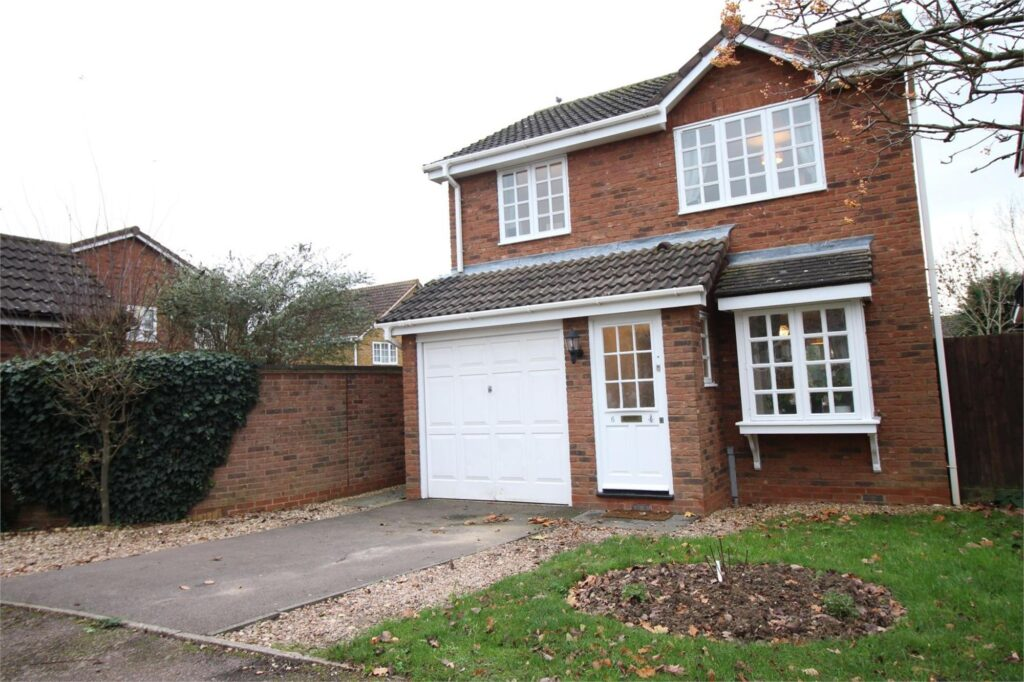 Exmoor Close, Hinchingbrooke Park
